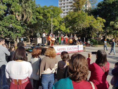 Público assiste apresentação do Programa de Extensão em Percussão (Pepeu)