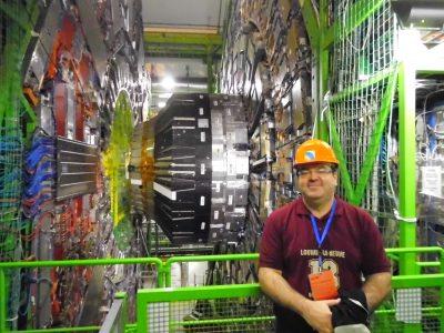 Professor Victor no acelerador de partículas