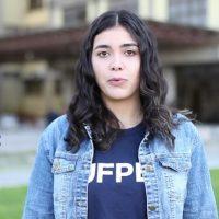 Estudante Aline, da UFPel, que aparece no vídeo