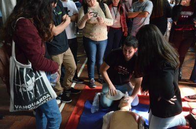 Faculdade de Enfermagem simula ressuscitação