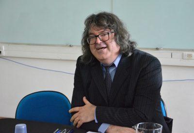 Professor Victor Gonçalves